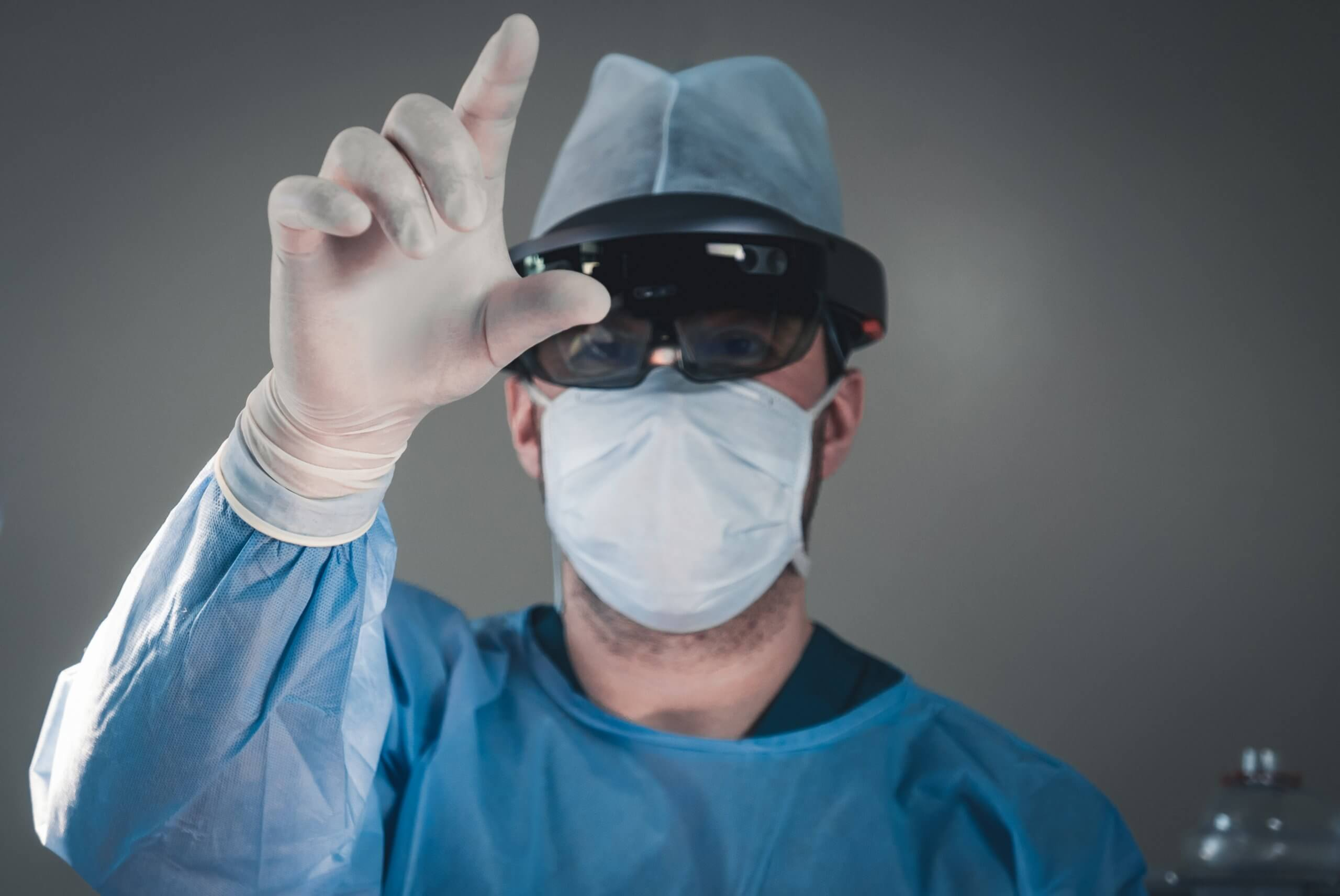 Doctors in London hospitals are using Hololens mixed reality headsets