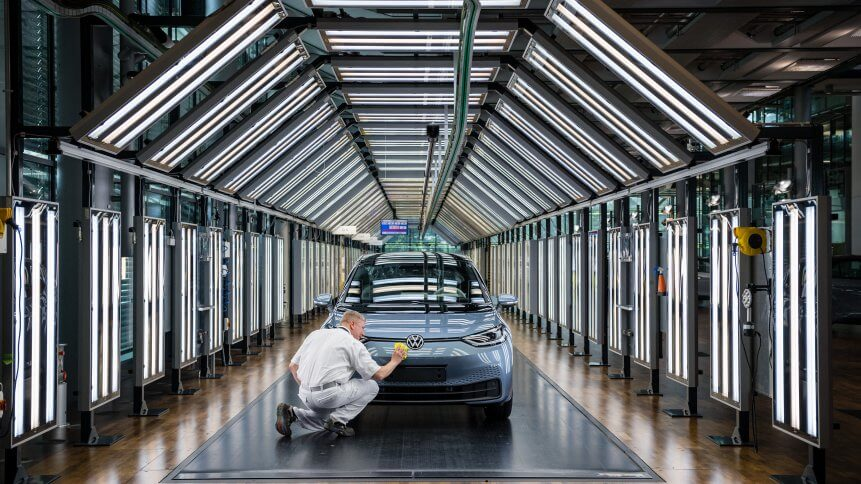 Volkswagen continues to lead in quantum computing within the automotive industry